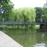 Luton: Wardown Park This unusual pedestrian suspension bridge spans the boating lake created where the River Lee flows through the park.