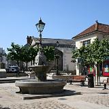 https://upload.wikimedia.org/wikipedia/commons/9/99/Camborne_Commercial_Square.jpg