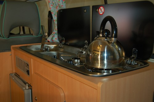 Compact Unit with Gas hob, sink and fridge