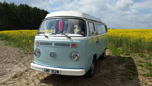 A VW T2 Classic Campervan called Humfrey and Humfrey - Sunday Drive for hire in thame, Oxfordshire