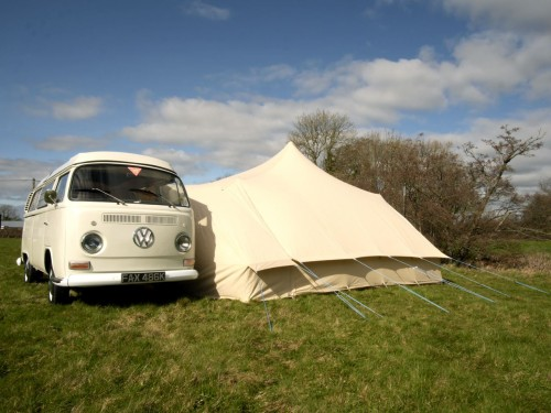 A VW T2 Classic Campervan called Hendrix and The Hendrix Experience for hire in sherborne, Dorset