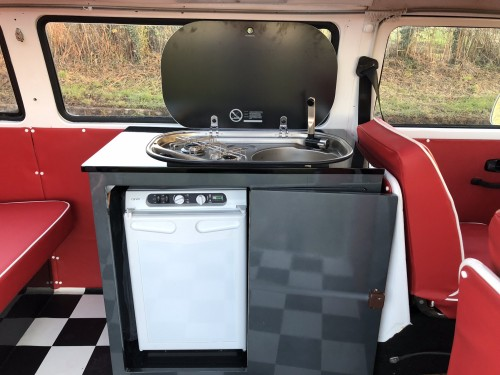 Unit with hob sink and fridge