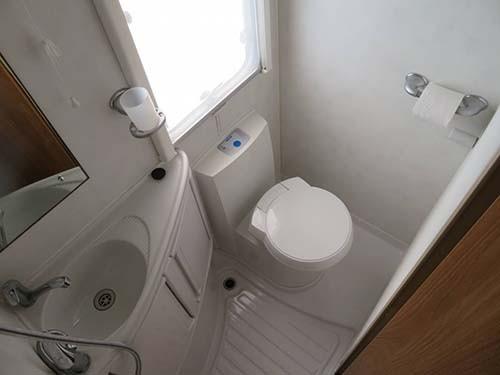 Wash/Toilet
