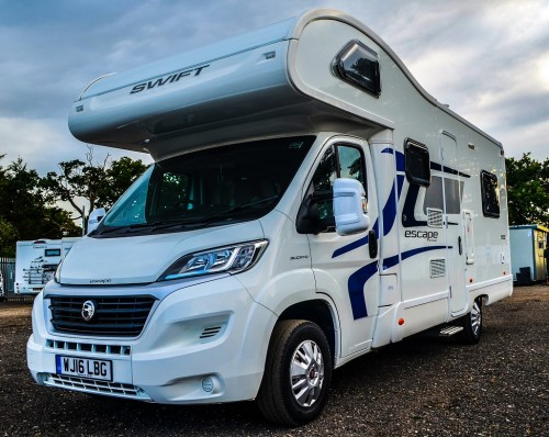 A Swift Motorhome called Elegant and Swift Escape 686 for hire in upminster , London