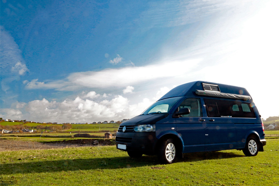 A VW T5 Campervan called Spencer and Blu Blu for hire in bideford, Devon