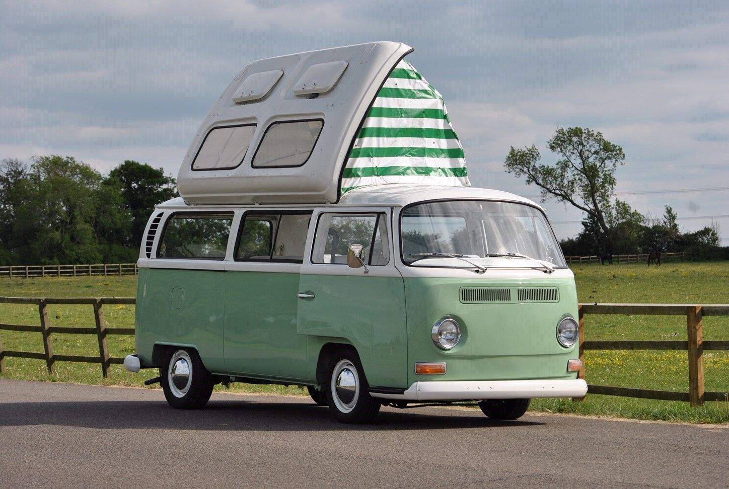 A VW T2 Classic Campervan called GreenGilbert and Exterior for hire in leighton buzzard, Bedfordshire