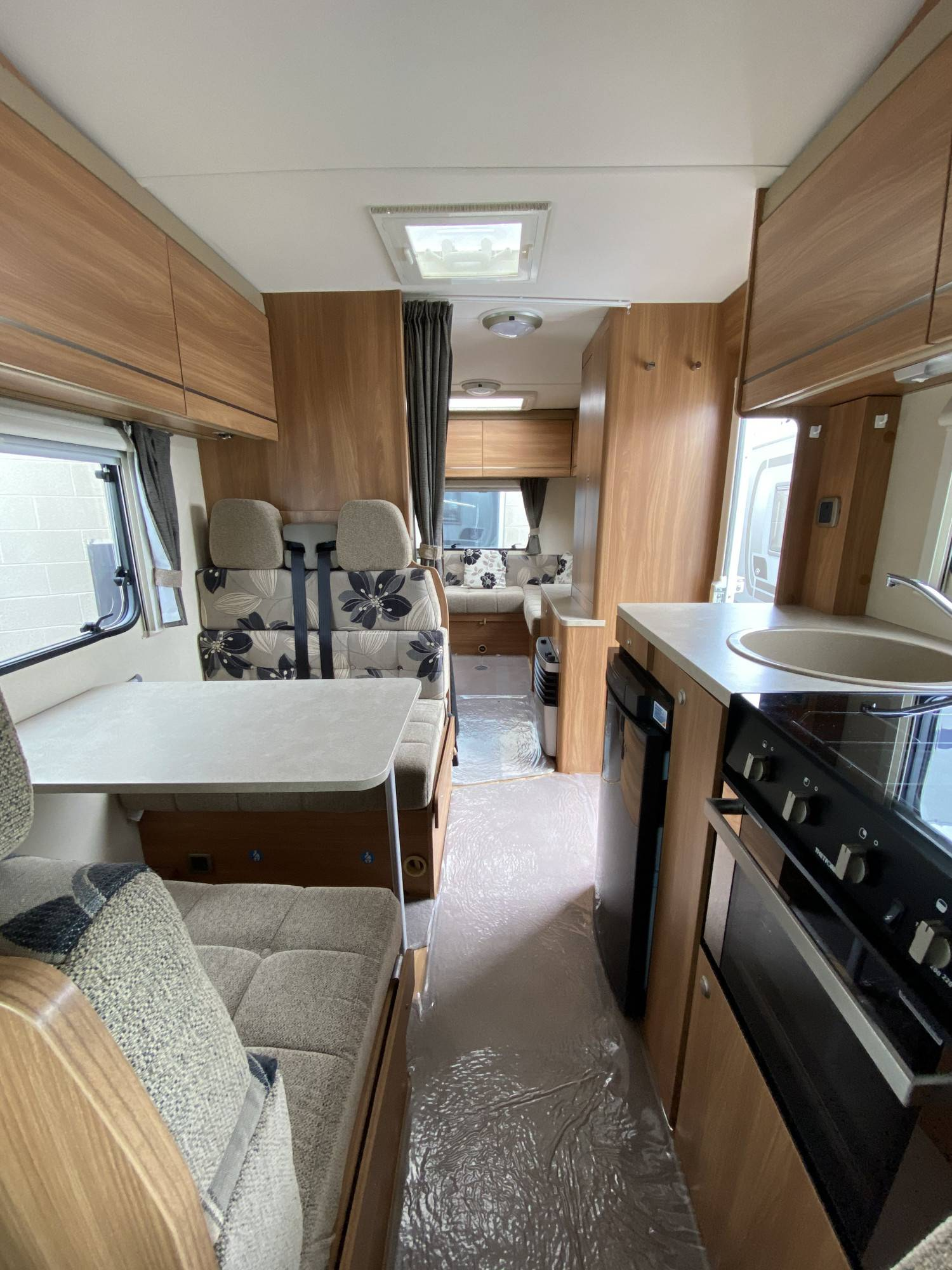 A OverCab Motorhome called Elsa and for hire